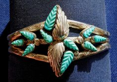 Intricate carved turquoise leaves..☮♥♓
