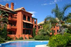 2 bed #Apartment #Calahonda, #CostadelSol Perfect Place & Good Investment! #Reduced now 155.000€ http://bablomarbella.com/en/listing/spain/costa-del-sol/calahonda/apartment/253/