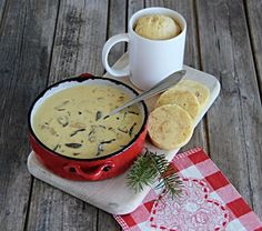 Bisque Recipe, Moscow Mule Mugs, Cheeseburger Chowder, Stew, Camembert Cheese, Good Food, Food And Drink, Dairy, Menu