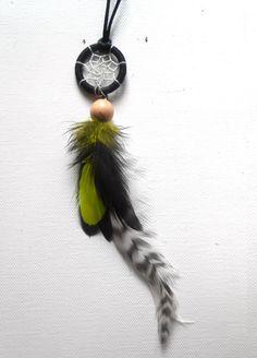 Collier Dreamcatcher plumes tons jaune - gris - noir sur Etsy, 21,75 €