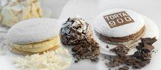 Oggi vi voglio proporrelaRicetta della Torta Novecento, famosissima torta del Pastificio Balla di Ivrea, la vera ricetta della Torta 900 è ovviamente segreta e gelosamente custodita dai maestri p…