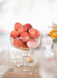 peach compote centerpiece | Laura Leslie #wedding