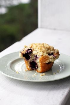 Easy Blueberry Muffins, Blue Berry Muffins, Tasty Dishes, Food Inspiration, Nom Nom, Sweet Tooth, Food And Drink, Sweets, Eat