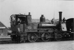 Dit is een voorbeeld van een trein van vroeger. (MAATSCHAPPELIJK)