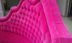 Tufted Round Bed In Hot Pink Velvet Hollywood Regency Fabulous For The Home Pinterest Beds Rounding And