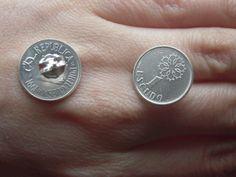 brincos com banho de prata com moedas de  1 escudo