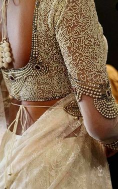Sari Blouse Designs, Blouse Patterns, Indian Ethnic Wear, Indian Girls, Blouse Models, Women's Fashion, Fashion Outfits, Beautiful Blouses, Saree Styles