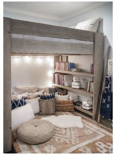Room Design Bedroom, Girl Bedroom Designs, Small Room Bedroom, Room Ideas Bedroom, Bedroom Loft, Tiny Bedrooms, Bed Designs, Loft Beds For Small Rooms, Double Loft Beds