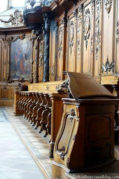 Marmoutier église bancs choeur