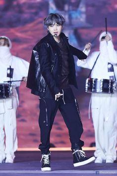 Do you guys miss BTS's Suga or Bangtan Sonyeondan's Min Yoongi or we also known him as Agust D? Jimin, Min Yoongi Bts, Min Suga, Bts Bangtan Boy, Jung Hoseok, Kim Namjoon, Kim Taehyung, Seokjin, Daegu