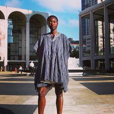 How & where do you wear your batakari? #fashionfriday #blackbeauty #nyc
