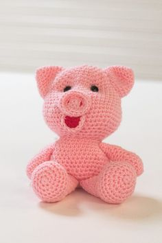 Petit cochon au crochet Crochet Animals, Crochet Toys, General Crafts, Easter Baskets, Hello Kitty, Projects To Try, Teddy Bear, Couture, Diy