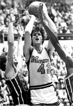 Kim Anderson University of Missouri Mizzou Basketball, Basketball History, Athletics, Tigers, Missouri, University, History Of Basketball, Community College, Colleges