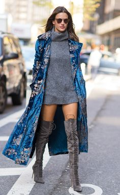 Alessandra Ambrosio from The Big Picture: Today's Hot Pics  City chic! The modellooks like she's on the runway during a walk through NYC.