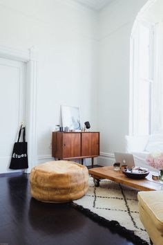 friday finds: french by design's sf home