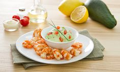 Code di gamberi al vapore e salsa di avocado Main Course Dishes, Fish Recipes, I Foods, Catering, Seafood, Treats, Vegetables, Cooking, Breakfast