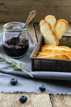 Blueberries in Rosemary Wine w/Langues de Chat Biscuits