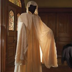 life size animated ghost. love the cloak!