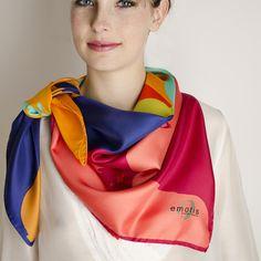 Carré Soie meiko#fashion#accessoire#femme#foulard#textile intelligent#fleurs de Bach#scarf#bach flowers#emotis Textile Intelligent, Bach Flowers, Headscarves