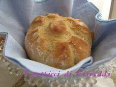 rosette soffiate ricetta n. 1, chi non ama il pane e chi non ha mai desiderato prepararlo in casa, mettiamoci all'opera e prepariamo le rosette soffiate