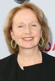 """Kate Burton Photos - Actress Kate Burton attends Academy of Television Arts & Sciences' Presents an Evening with """"Scandal"""" at the Leonard H. Goldenson Theatre on May 2013 in North Hollywood, California. - Celebs Attend a 'Scandal' Event in Hollywood Grey's Anatomy Season 11, Charlotte Ritchie, Kate Burton, Royal Welsh, Beauty Inside, Celebs, Celebrities, Net Worth, Greys Anatomy"""