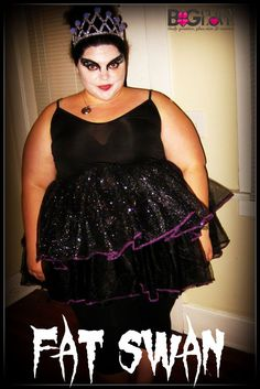 Fat Swan Hallowen Costume Plus Size www.bigcurvylove.com Hallowen Costume, Plus Size Halloween, Cool Kids, Swan, Plus Size Fashion, Curves, Costumes, Formal Dresses, Tops