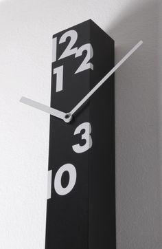 Iltempostringe Wall Clock Black