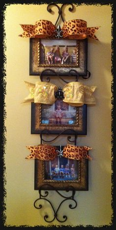 Picture frames on plate rack!! Love it!!