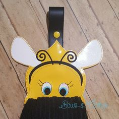 Bumble Bee Towel Topper ITH Design Files, All Design, Machine Embroidery, Bee, Towel Holders, Stitch, Easter Ideas, Sewing, Fabric