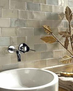 This Fantastic Warm Hued Crackled Metro Tile Mix Tile Will Add Unique  Beauty And Vintage Ambiance To Any Bathroom.A Mix Of 4 Different Crackled  Metro Tiles