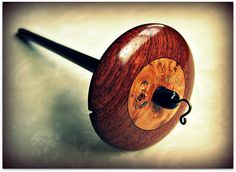 Grizzly Mountain Arts: Honduras Rosewood, Ebony and Maple Burl Top Whorl Drop Spindle