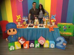 Letras Baby Boy Birthday, Birthday Table, 3rd Birthday Parties, Birthday Party Invitations, 2nd Birthday, Minion Party, Birthday Decorations, First Birthdays, Ideas
