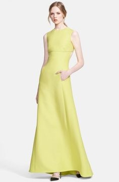 Valentino Sleeveless Crepe Gown available at Couture Fashion, Runway Fashion, High Fashion, Womens Fashion, Beautiful Gowns, Beautiful Outfits, Yellow Fashion, Dress To Impress, Evening Dresses