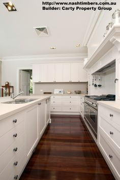 Prestige Solid Blackbutt Floor x Finish dark stain Killara Home Timber Kitchen, White Kitchen Cabinets, Kitchen Flooring, Open Kitchen, Diy Kitchen Decor, Kitchen Design, Kitchen Ideas, Interior House Colors, Home Interior Design