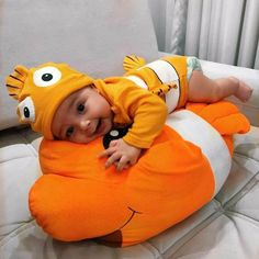 Beautiful Children Boy Daughters New Ideas Cute Little Baby, Lil Baby, Baby Kind, Cute Kids, Cute Babies, Baby Tumblr, Foto Baby, Cute Baby Pictures, Baby Costumes