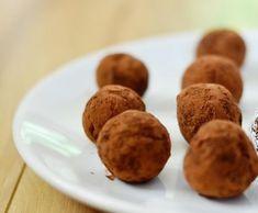 Datlové kuličky Muffin, Breakfast, Food, Morning Coffee, Essen, Muffins, Meals, Cupcakes, Yemek