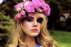 Stand Out At Coachella With A FRESH Flower Crown! We've Got All The Info On How To DIY!