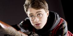 A quiz on fifteen Harry Potter characters and their close-ups! See if you can match it to the actual person in the movies! Slytherin Harry Potter, Harry Potter Facts, Harry Potter Characters, Harry Potter Universal, Harry Potter Movies, Harry Potter World, Hogwarts, Ravenclaw, Harry Potter Quiz Buzzfeed