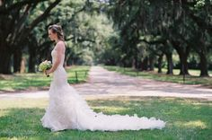 bridals Wedding Poses, Wedding Couples, Wedding Engagement, Wedding Ideas, Wedding Dresses, Bridal Photography, Photography Ideas, Picture Ideas, Photo Ideas