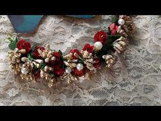 y how to make hair band, Jada/veni/gajra/brooch easy design 2019 Hair Decorations, Indian Wedding Decorations, Flower Hair Band, Flowers In Hair, Ganpati Decoration At Home, Flower Hair Accessories, Wedding Crafts, How To Make Hair, Craft Work