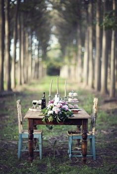 Love this for an outdoor space.  Would look gorgeous with old metal chairs.