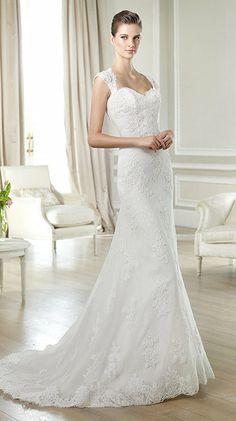 Robe de mariée en dentelle et tulle Janina White One - Paris