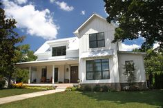 See inside of one of Murfreesboro's most beautiful homes and help the Main Street Organization - Murfreesboro News and Radio Beautiful Homes, Most Beautiful, Farm Projects, Florida Beaches, Beach Themes, Main Street, Rustic Farmhouse, Creative Ideas