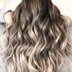 Pinterest: Salma Haris White Ombre Hair, Hair Color And Cut, Blonde Balayage, Dyed Hair, Hair Ideas, Your Hair, Hair Makeup, Braids, Hair Beauty