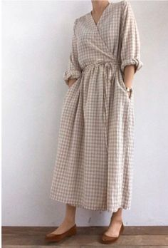 This item is unavailable : Plunge neckline gingham check wrap dress Linen Dresses, Modest Dresses, Summer Dresses, Maxi Dresses, Wrap Dresses, Cotton Dresses, Skirt Mini, Inspiration Mode, Looks Style