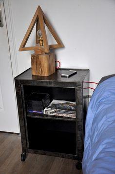 table de chevet style industriel  & lampe en chêne massif