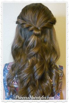 Prom Hairstyle, Romantic Twist Half Up Prom hair tutorial. Romantic twist half up princess hairstyle Prom Hairstyles, Concert Hairstyles, Cool Braid Hairstyles, Princess Hairstyles, Beehive Hairstyle, Medium Hairstyles, Unique Hairstyles, Haircut Styles For Women, Short Haircut Styles
