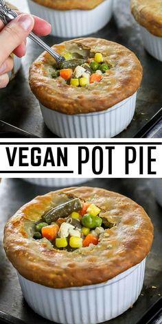This Easy Vegan Pot Pie recipe is a delicious comfort food that is 100% kid-friendly! Made using common frozen veggies that most kids will eat without hesitation. #veganhuggs #potpie #veganpotpie #easypotpie Vegan Lunch Recipes, Vegan Lunches, Vegan Snacks, Vegan Dinners, Vegan Desserts, Tofu Burger, Vegan Pot Pies, Vegan Casserole, Grilled Tofu