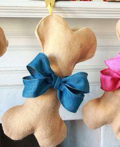 Le calze piene di doni riservate ai beniamini di casa. #cani