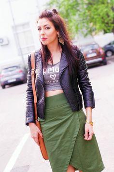 #FashionLost #IRENE Fashion Bloggers, Irene, Leather Skirt, Skirts, Leather Skirts, Skirt, Gowns, Skirt Outfits